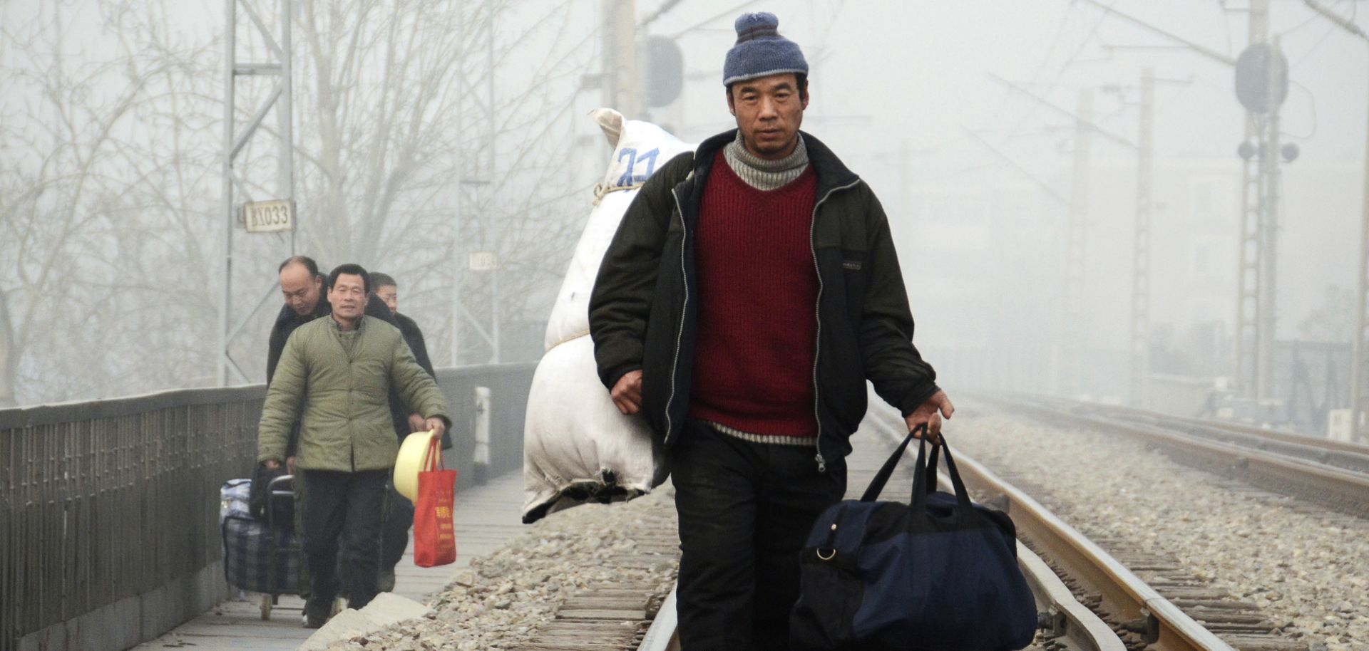 Migrants in China fuel rapid urbanization rates