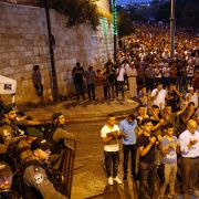 Largely peaceful protests outside Jerusalem's Al-Aqsa Mosque compound suggest that nonviolence may still have a role to play in the conflict between Israelis and Palestinians.