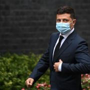 Ukrainian President Volodymyr Zelenskiy wears a facemask as he arrives to meet with U.K. Prime Minister Boris Johnson in London on Oct. 8, 2020.